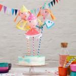 Decorar tartas con globos