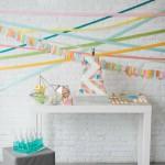 Mesa de dulces de inspiración geométrica