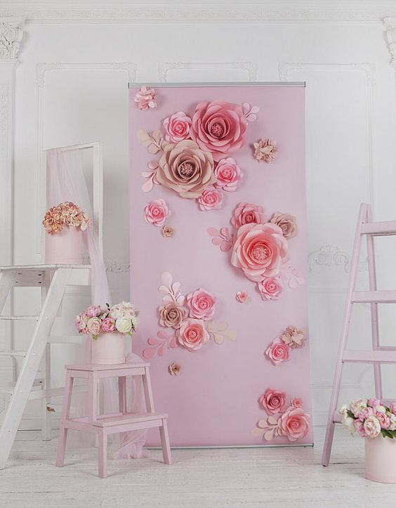 Decoracion primera comunion con flores de papel for Papel de decoracion