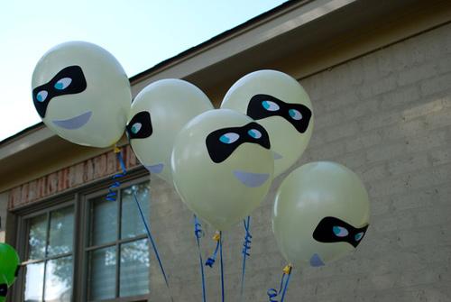 Globos decorados para tu Fiesta de Superhéroes