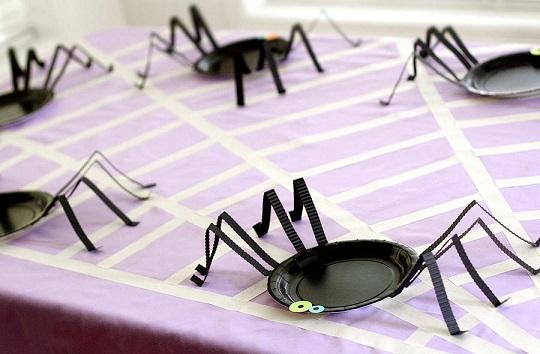 Decorar una mesa de Halloween para niños