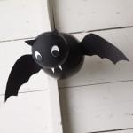 Murciélago con globos para Halloween