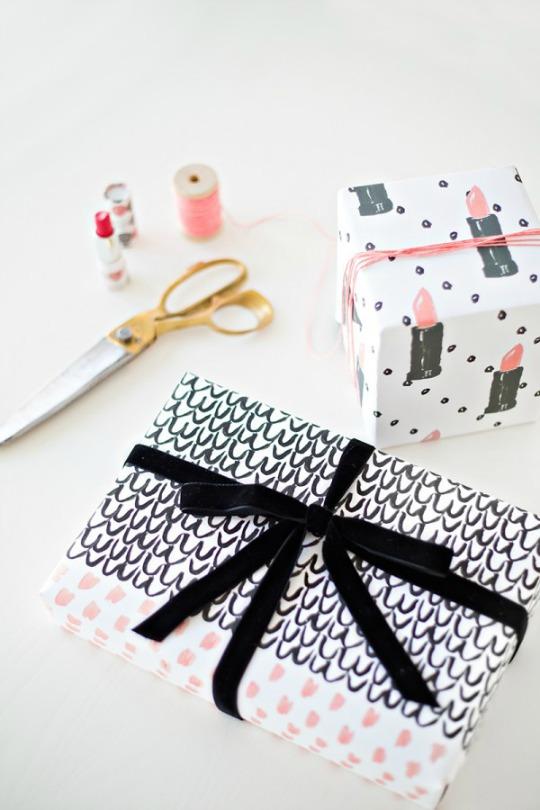 Papel de regalo para niñas y jóvenes