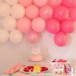 Pared decorada con globos idea