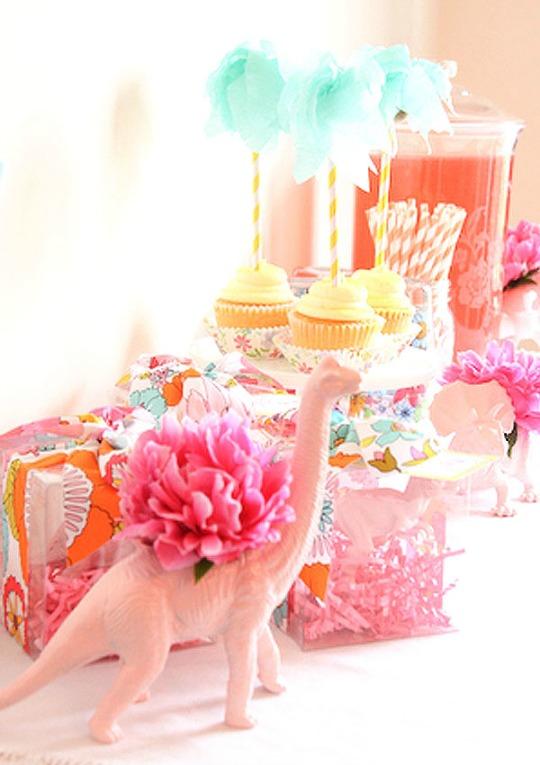 party-dino-rosa-2