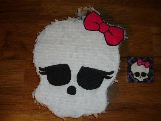 piñata-monsterhigh