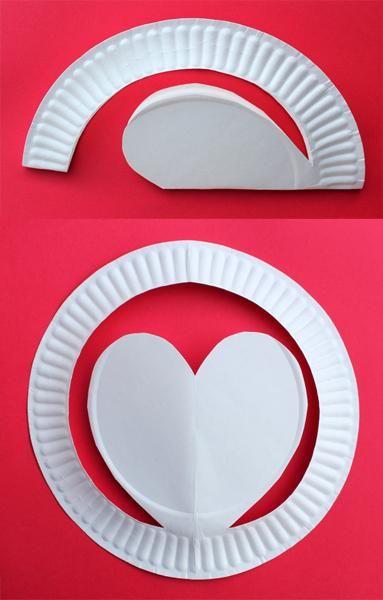 Gorros de papel con corazones paso paso