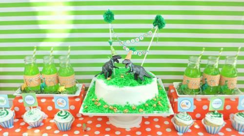 Ideas para decorar una tarta de Dinosaurios
